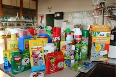 insecticide 1444x963.jpg (vergrote weergave)