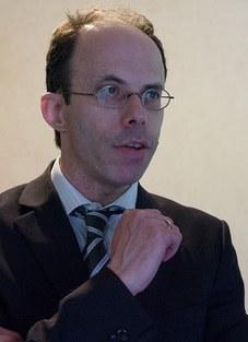 Prof. Niek Sanders