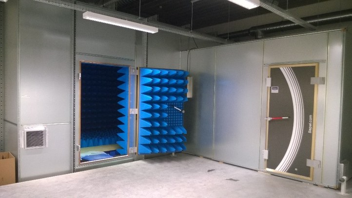 Prototype testing in the anechoic chamber (800MHz-170GHz).