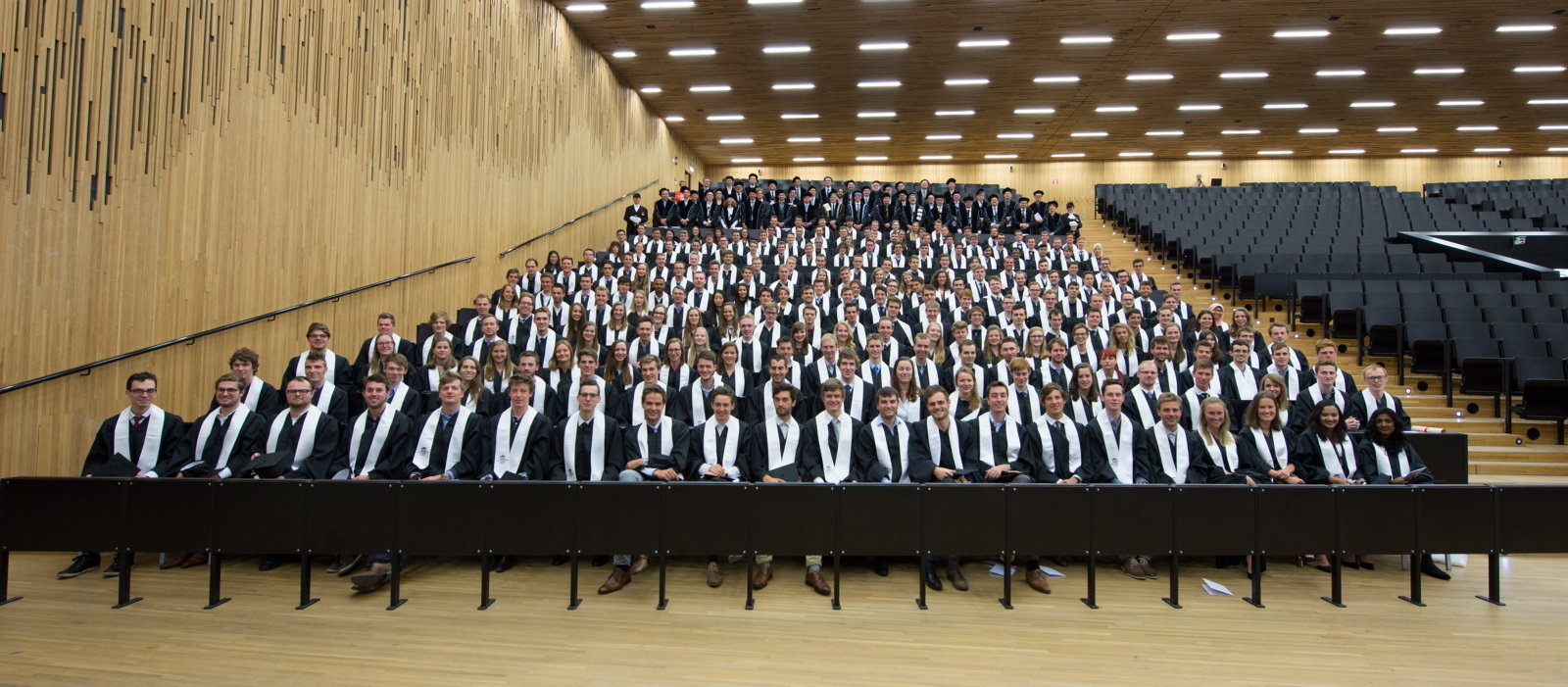 15-16 graduation ceremony
