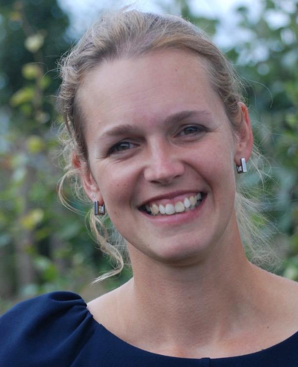 Dr. Aurélie Crabbé