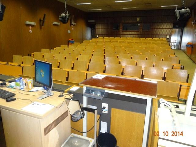 Auditorium P8