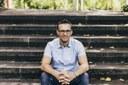 Het lerarentekort is een grote uitdaging in het onderwijs. Dat aanpakken is voor professor Ruben Vanderlinde dan ook de prioriteit.