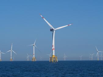 Offshore Windmolenpark (vergrote weergave)
