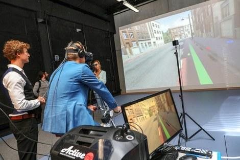 Virtual reality parcours voor jonge fietsers: doe ook de test in jouw school!