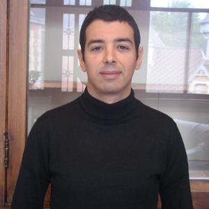 Dit is een foto van Mo Lamkanfi.