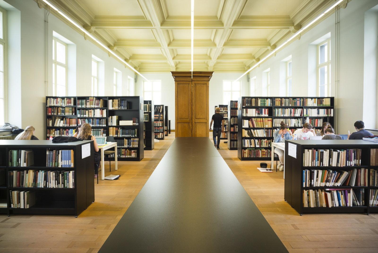 Faculteitsbibliotheek, 2016.