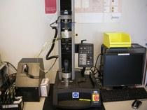 Instron 5543 Universal Testing Machine