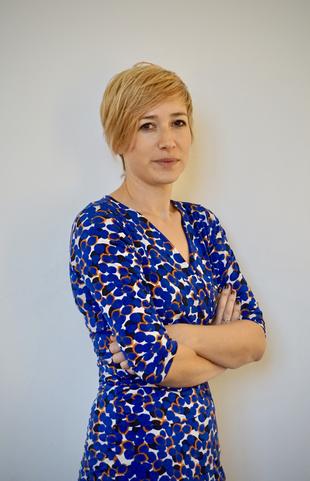Karen Büscher w.png