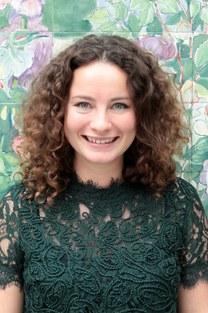 Laura Van den Broeck