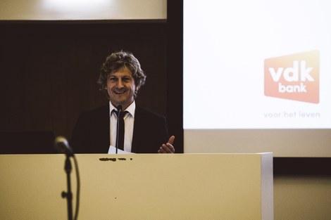 Prof. dr. Pascal Delheye