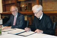 Ondertekening princiepsakkoord schenking 2012