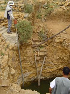 Met de hand gegraven waterput